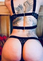 Karina - escort in Cashel