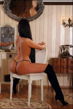 Krystal Babe - Female in Smithfield