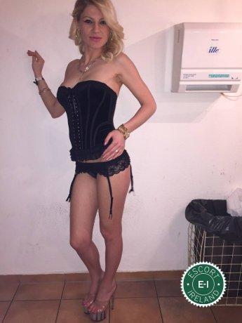 Renata is a sexy Italian escort in Ennis, Clare