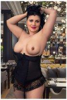 Luisa - female escort in Tipperary Town
